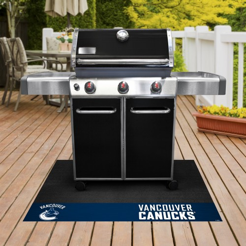 "NHL - Vancouver Canucks Grill Mat 26""x42"""