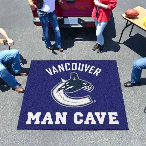 NHL - Vancouver Canucks Man Cave Tailgater Rug 5'x6'