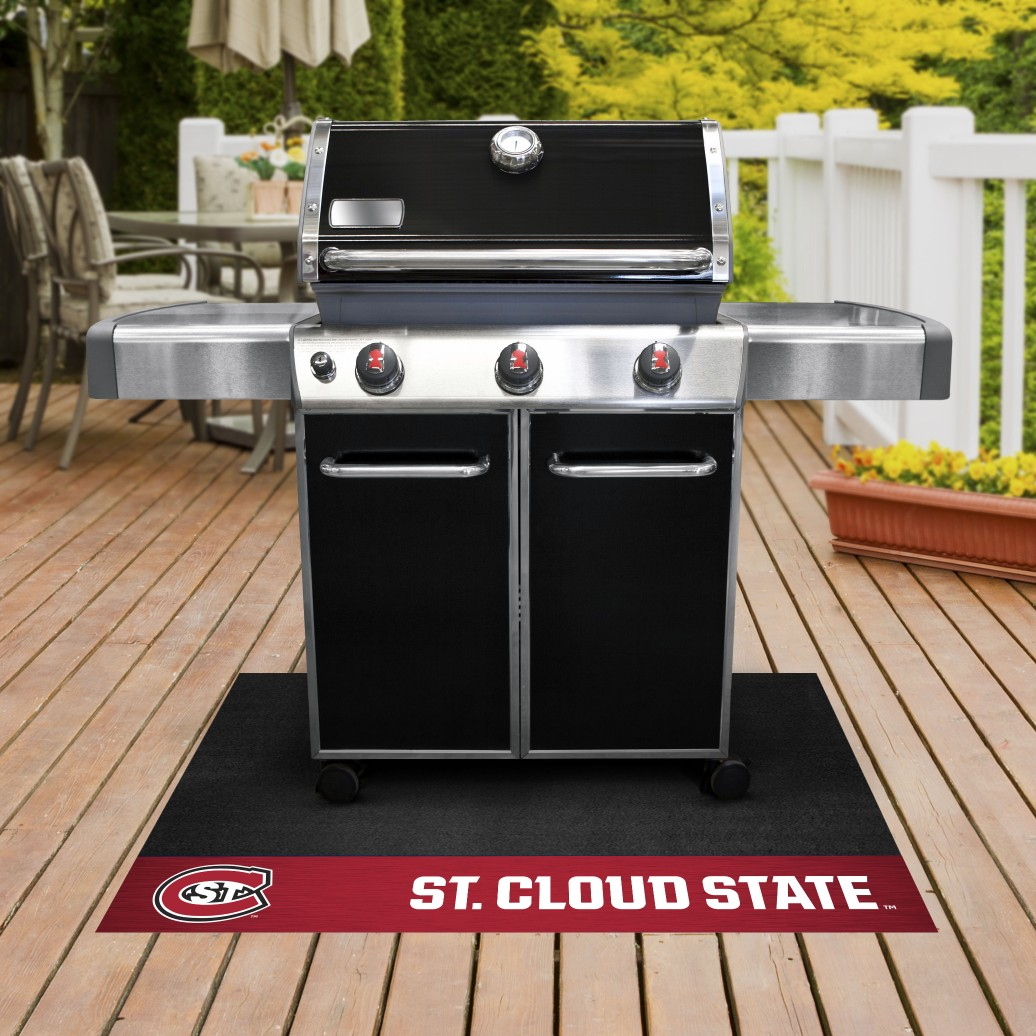 St. Cloud State Grill Mat 26
